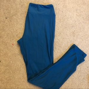 Lularoe leggings - tall and curvy